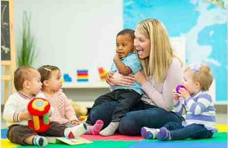 Assistante maternelle à Vars