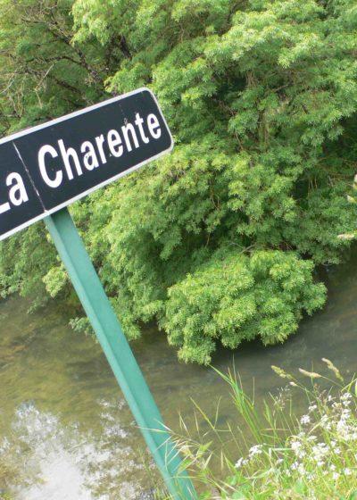 La Charente à Vars